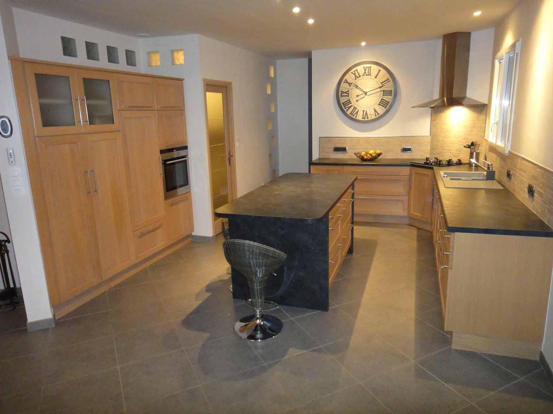 fabricant de cuisines nantes meubles bois et sur mesure gilles parois cuisines. Black Bedroom Furniture Sets. Home Design Ideas